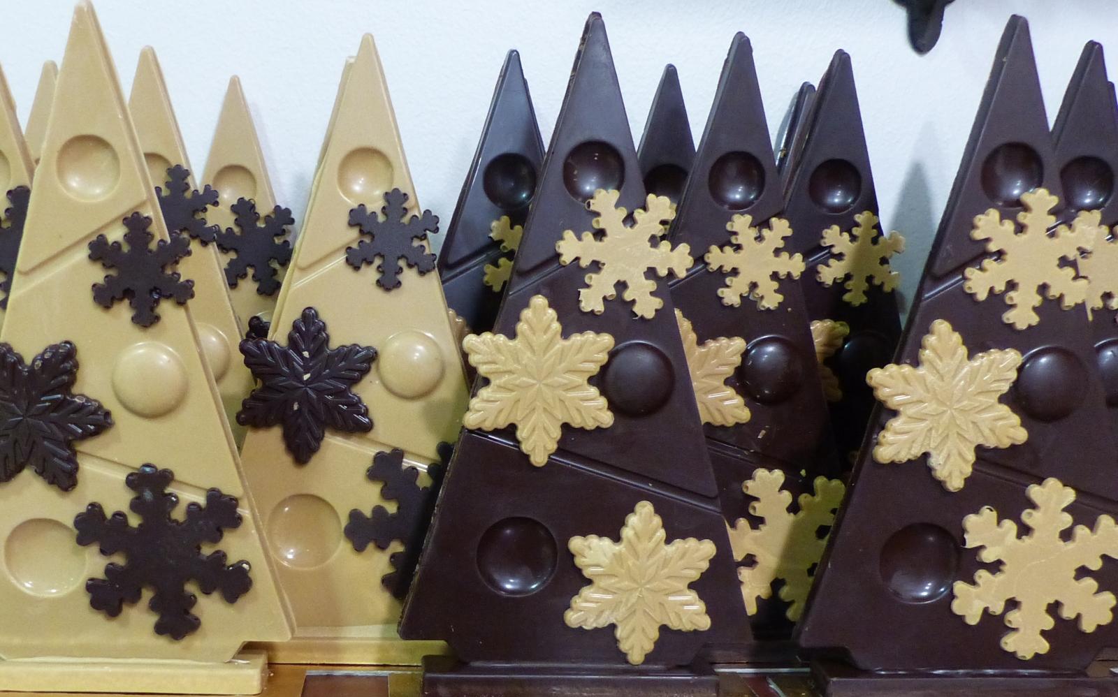 Les préparatifs de Noël battent leur plein à la pâtisserie Fraisse!